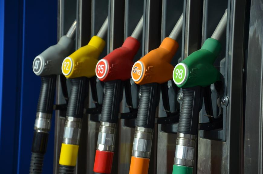 Каким бензином заправлять бензопилу?